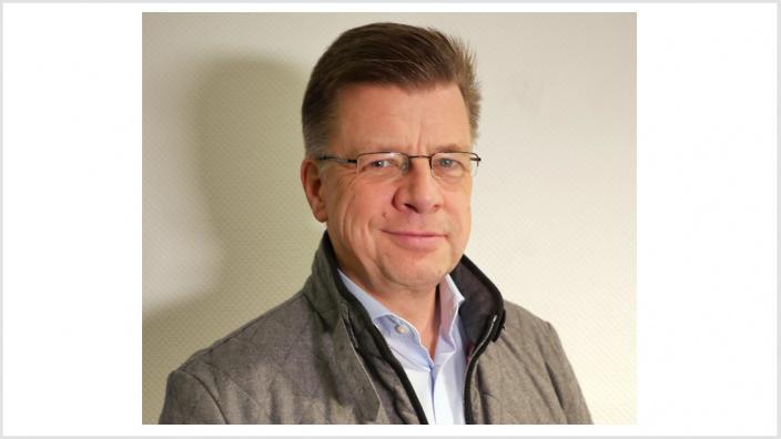 Dr. Axel Kottmann