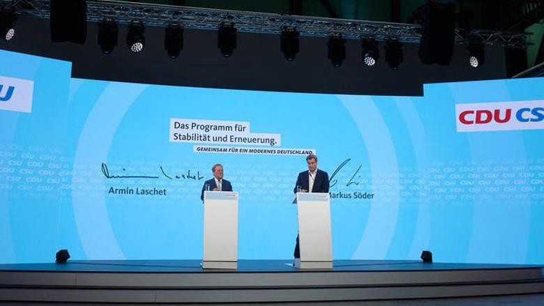 Armin Lascht und Markus Söder bei der Vorstellung des Programms 2021