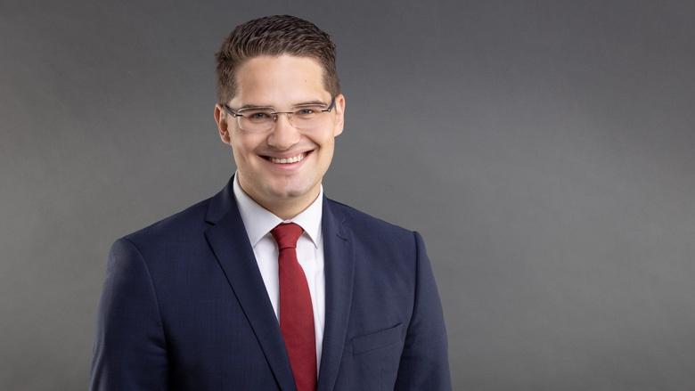 Dr. Christian Klicki