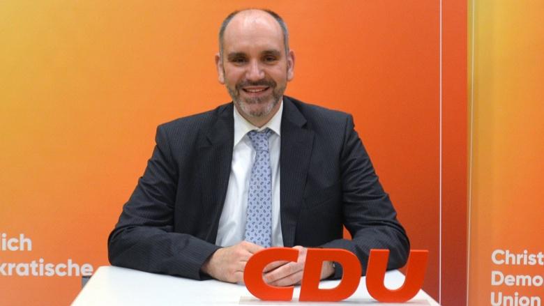 Dr. Daniel Schiffbauer
