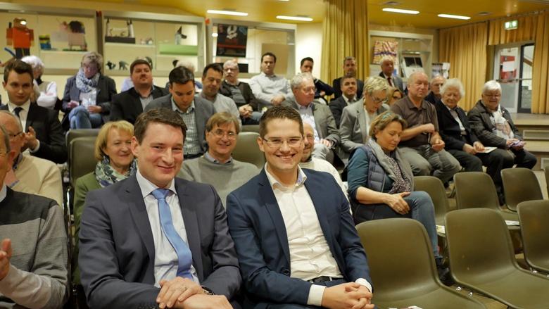 Uwe Pakendorf und Christian Klicki bei der Lokalkonferenz in Burscheid