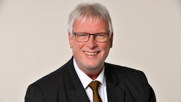 Wolfgang Büscher